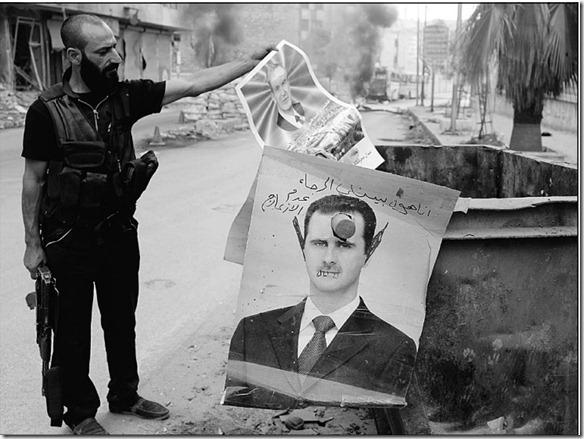 بشار الأسد يستعد للدخول إلى القصر الجمهوري - Bashar Assad getting ready to walk into republic palace